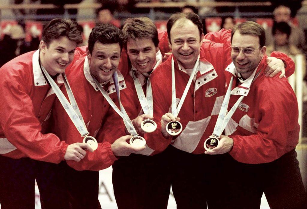 1998: Olympiasieger in Nagano: Dominic Andres, Diego Perren, Daniel Müller, Patrick Lörtscher, Patrick Hürlimann Photo Quelle: Robert F. Bukaty
